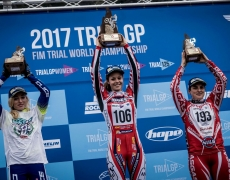 Theresa Bäuml – Sieg beim Finallauf Woman TRIAL GP in Italien  & Bronzemedaille bei der Weltmeisterschaft!!!
