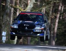 Erfolgreicher Saisonauftrakt bei der Rallye südliche Weinstraße für Frank Färber Peter Schaaf.