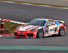 RTR sichert sich Premiere-Sieg und Tabellenführung in der VLN Porsche Cayman GT4 Trophy