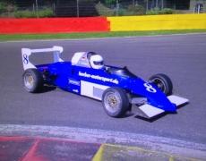 8 von 8 für Frank Färber im Formel Ford